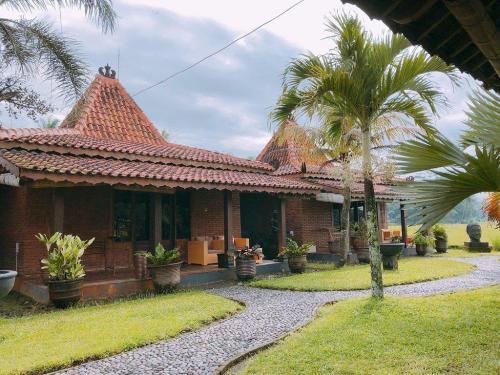 rumah dharma 3